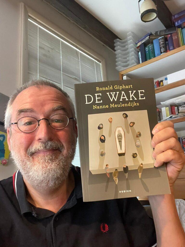 Kickstart je boek met Denise en Jet - De Wake - Ronald Giphart